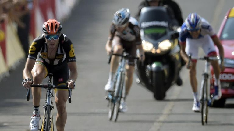 Cummings picked the pockets of Thibaut Pinot (right) and Romain Bardet (middle) to claim victory