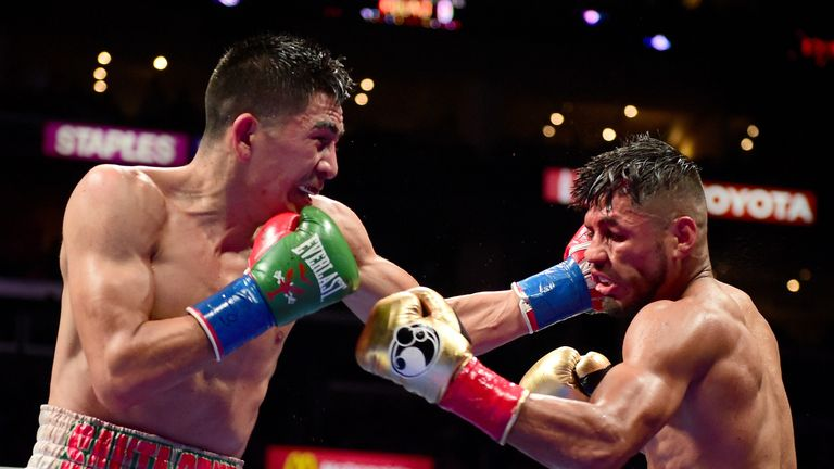 Leo Santa Cruz beat Abner Mares at Staples Center to keep his perfect record intact