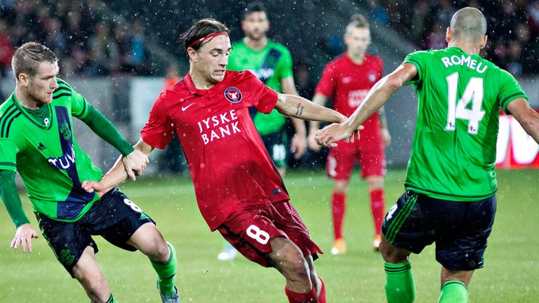 FC Midtjylland beat Southampton to reach the Europa League group stages