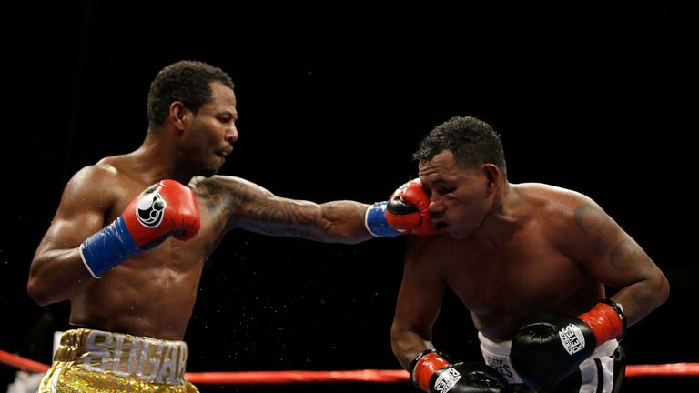 Shane Mosley connects with a left hand during his victory over Ricardo Mayorga