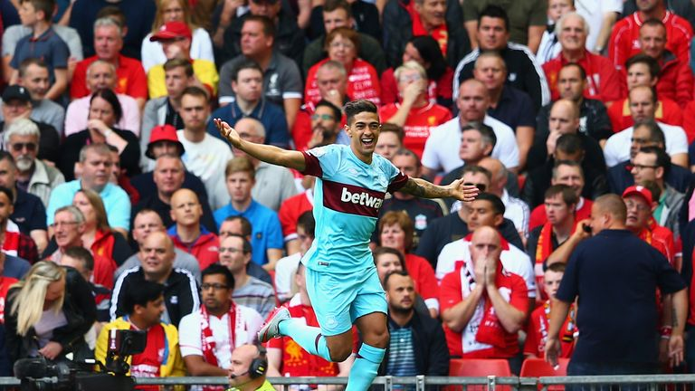 Lanzini put West Ham ahead early on