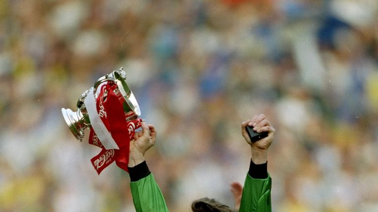 David Seaman celebrates after Arsenal won the League Cup in 1993