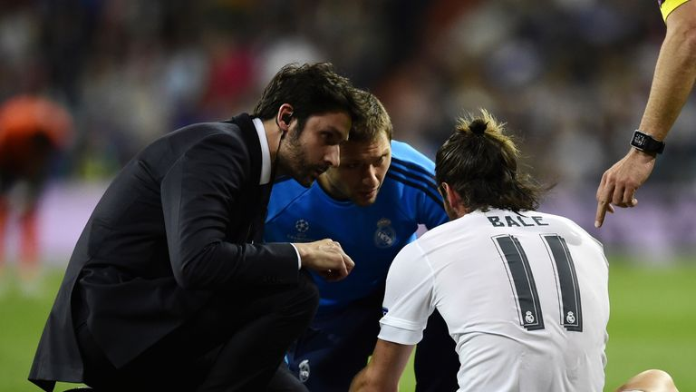 Gareth Bale was forced off with injury as Real Madrid beat Shakhtar