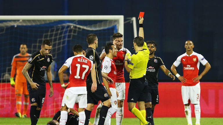 Olivier Giroud was sent off against Dinamo Zagreb