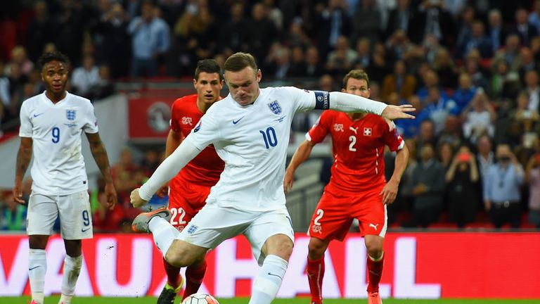 Wayne Rooney scored from the penalty spot to break Sir Bobby Charlton's England record