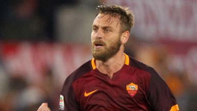Fiorentina want De Rossi as new manager