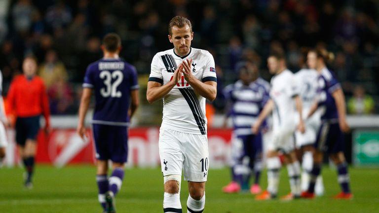 Harry Kane applauds the Spurs fans following the defeat at Anderlecht