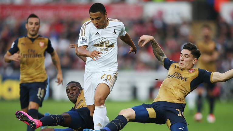 Jefferson Montero in action for Swansea against Arsenal