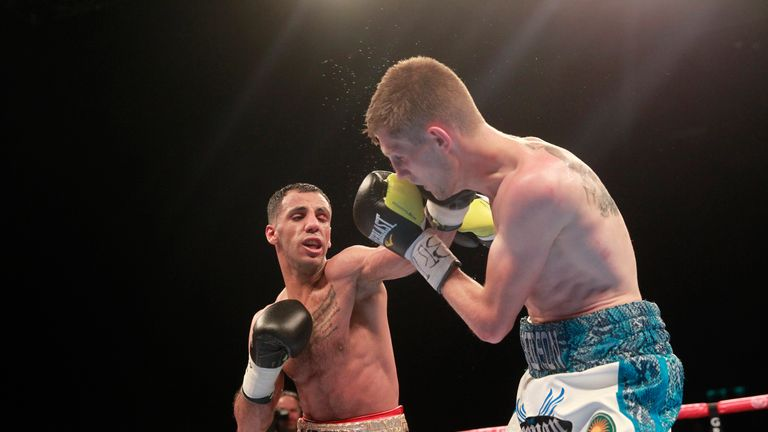 Kal Yafai (left) outclassed Jason Cunningham (right) in a one-sided contest