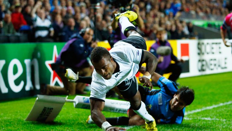 Kenatale touches down at stadium:mk