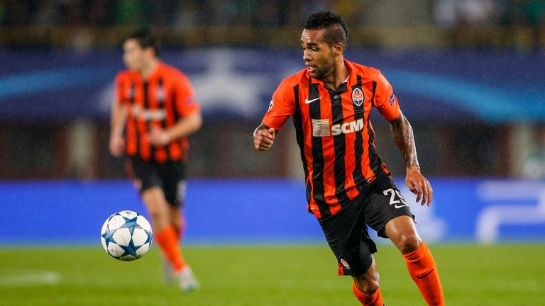 Shakhtar Donetsk are understood to want £35m for Alex Teixeira