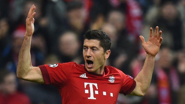 Robert Lewandowski put Bayern ahead with a close-range header