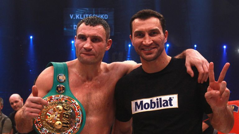 Vitali Klitschko (left) with his brother Wladimir Klitschko