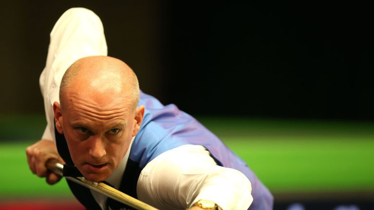 Peter Ebdon remains on course for the Crucible