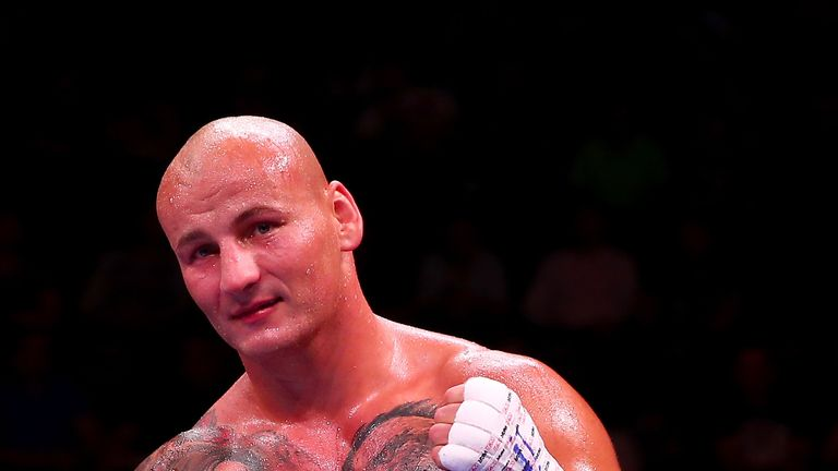 Artur Szpilka has a record of 22-3-KO15