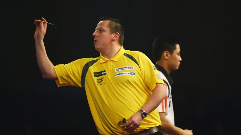 Van Gerwen had defeated Dave Chisnall to book his place in Sunday's final