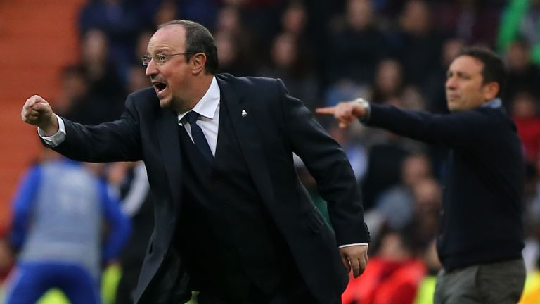 Benitez's tactics were questioned by the Bernabeu faithful