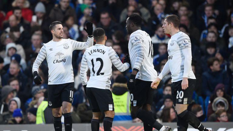 Kevin Mirallas, Aaron Lennon, Romelu Lukaku and Ross Barkley celebrate Everton's second