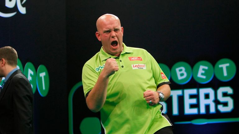 Van Gerwen celebrates his victory (picture courtesy of Lawrence Lustig)
