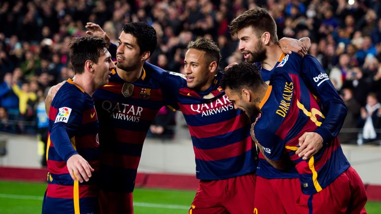 Dani Alves celebrates with his old Barcelona team-mates