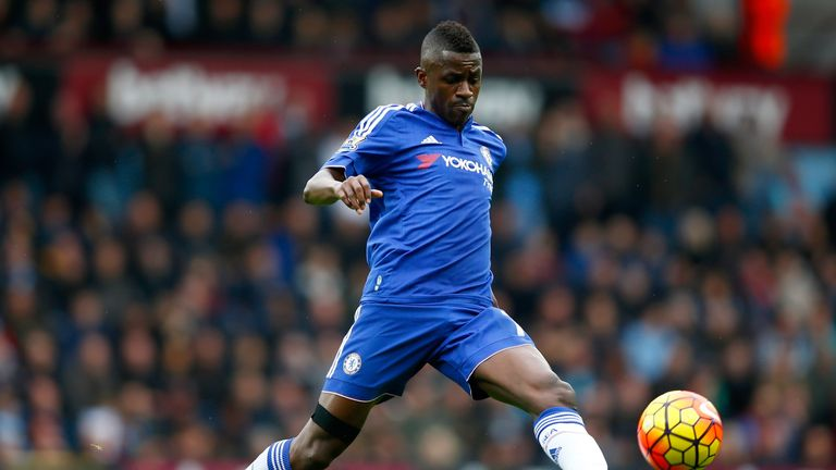 Chelsea midfielder Ramires is on the verge of a £25m move to the Chinese Super League