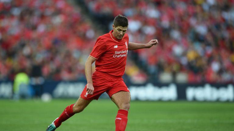 Steven Gerrard features in Shelvey's #One2Eleven in the defensive midfield position