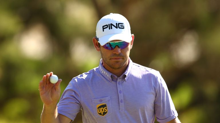 Louis Oosthuizen beat a wayward Andy Sullivan to book a clash against the world No 1