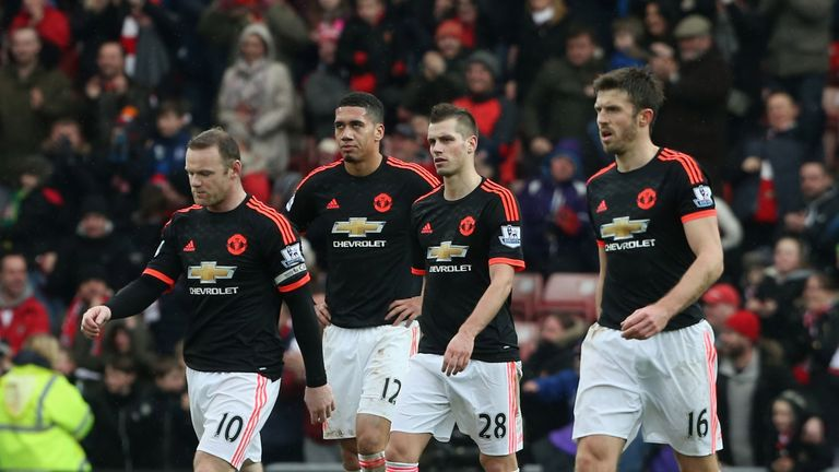 From left, Wayne Rooney, Chris Smalling, Morgan Schneiderlin and Michael Carrick after conceding at Sunderland