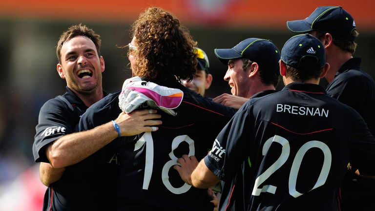 Michael Yardy celebrates taking the wicket of Herschelle Gibbs