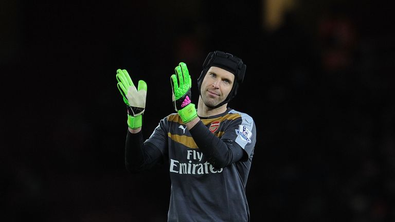Petr Cech has won the Premier League Golden Glove award for the fourth time