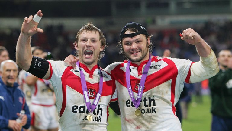 Cunningham and former team-mate Sean Long celebrate beating Brisbane Broncos in the 2007 World Club Challenge