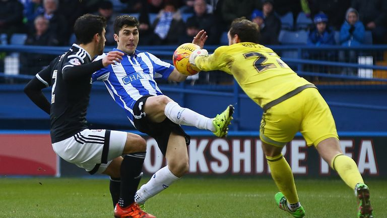 Forestieri beat Mirco Antenucci and Lee Tomlin to the Championship award