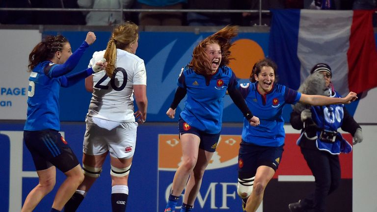 French players celebrate after winning the Women's Six Nations