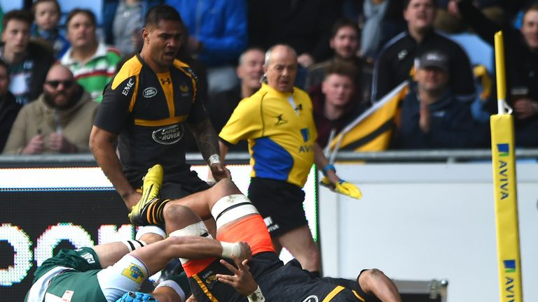 Nathan Hughes scores a try as Wasps down the Tigers