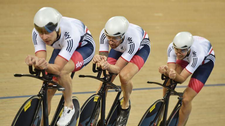 Wiggins (centre) is part of Britain's pursuit team