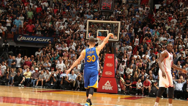 Stephen Curry sets new NBA record in Golden State Warriors ...