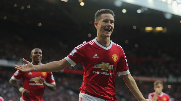 Manchester United midfielder Ander Herrera is keen to prevent Leicester winning the Premier League at Old Trafford