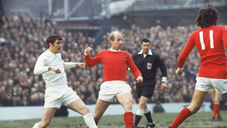 نتيجة بحث الصور عن Bobby Charlton
