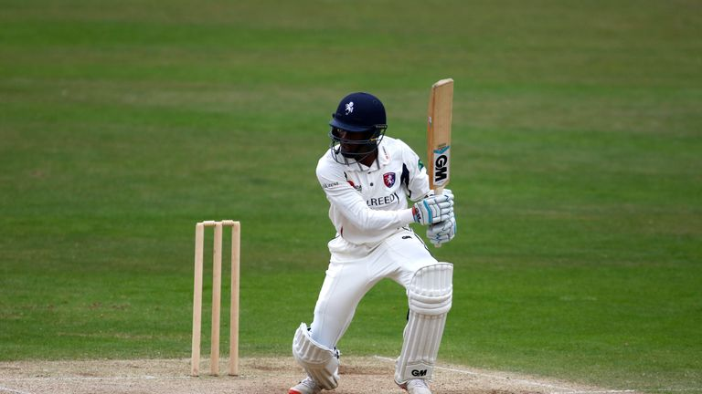 Daniel Bell-Drummond briefly denied Gloucestershire with a counter-attacking fifty for Kent
