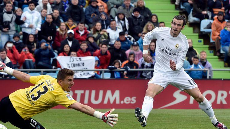Getafe 1 5 Real Madrid Zinedine Zidane S Side Heap Pressure On Barcelona With Routine Win Football News Sky Sports