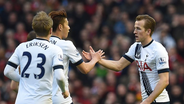 Harry Kane (right) equalised with his 22nd league goal of the season