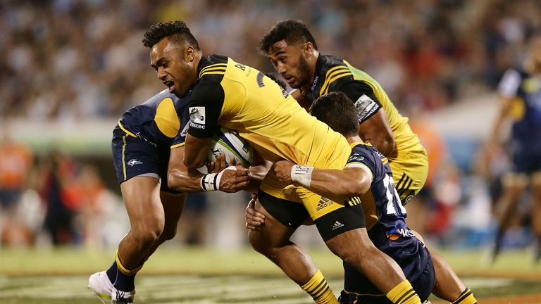 Halaholo on the charge against the Brumbies