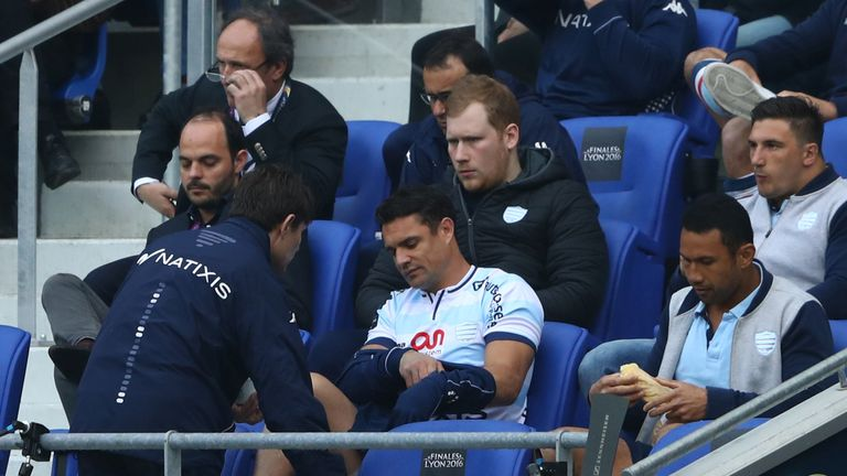 Dan Carter was forced off injured after 42 minutes