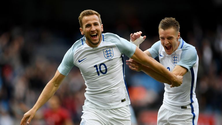 Harry Kane celebrates with Vardy after opening the scoring against Turkey