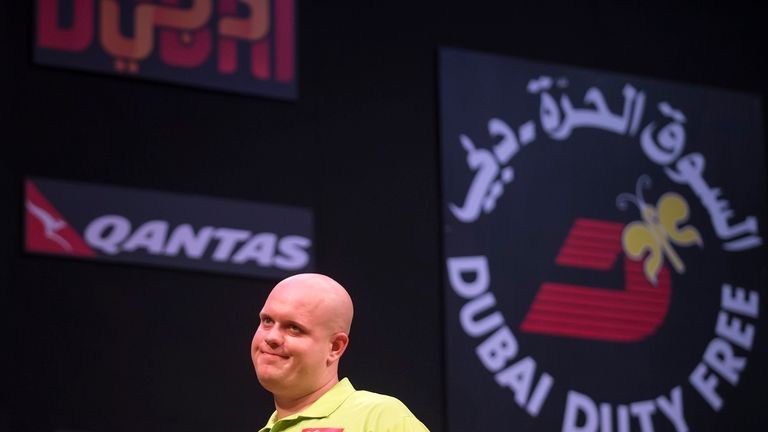 Michael van Gerwen saw Anderson fights back from a five-leg deficit