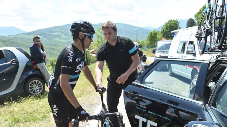Mikel Landa had to abandon his attempt to win the Giro d'Italia this year due to illness