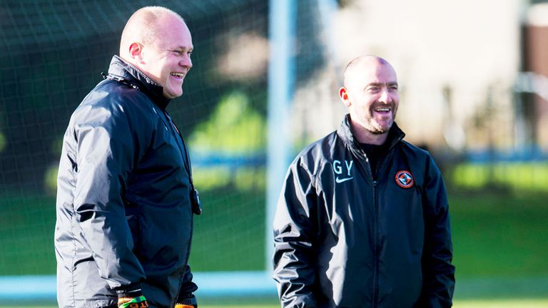 Former Dundee United boss Mixu Paatelainen (l) with Gordon Young
