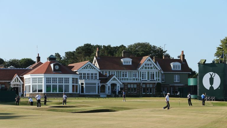 Muirfield will not allow female members after a vote