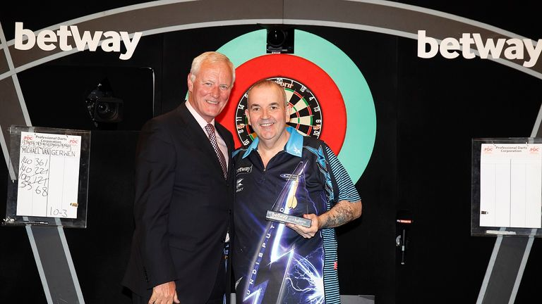 Phil Taylor returned to Finals Night but had to settle for runners-up spot