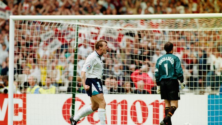 Stuart Pearce celebrates his successful penalty against Spain